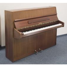 gebrauchtes Klavier Marke Geyer, Germany, 88 Tasten, Moderator, Garantie