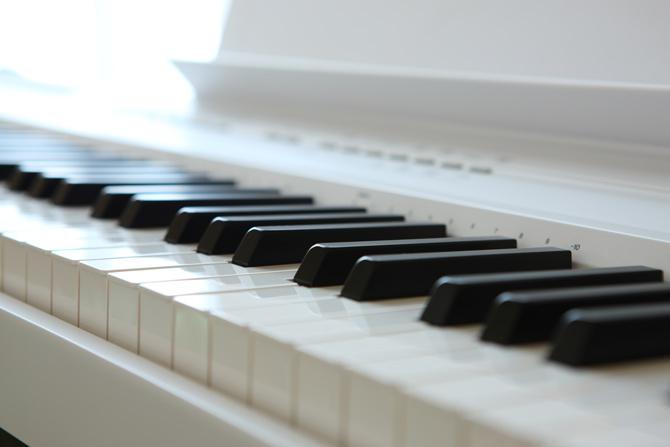 E-Piano Klaviatur Nahaufnahme
